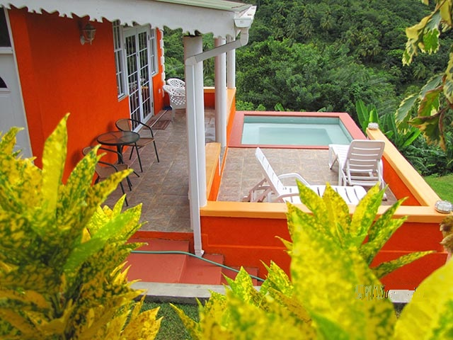 orange cottage with plunge pool